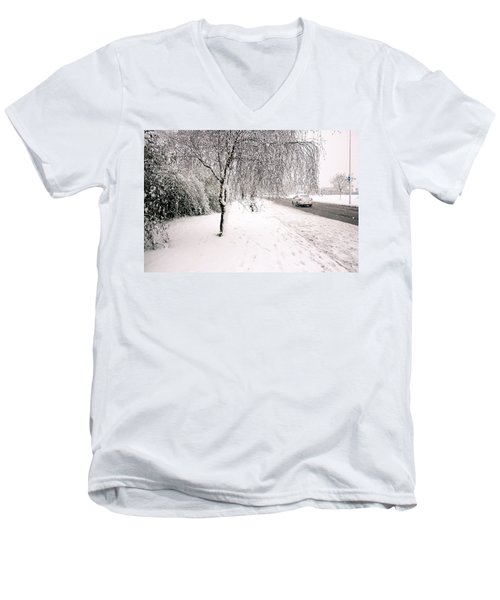 White World Men's V-Neck T-Shirt