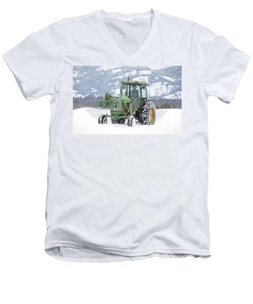 Winter Feeding Men's V-Neck T-Shirt