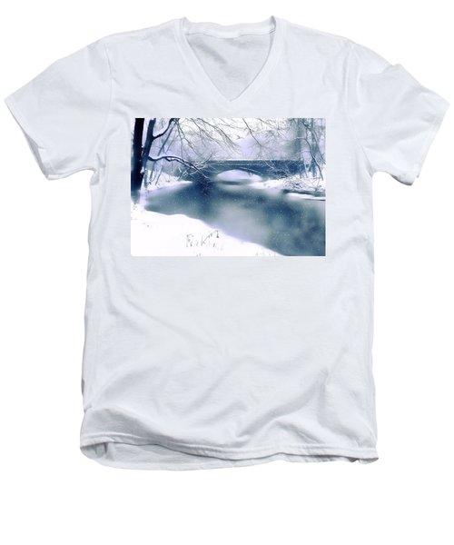 Winter Haiku Men's V-Neck T-Shirt