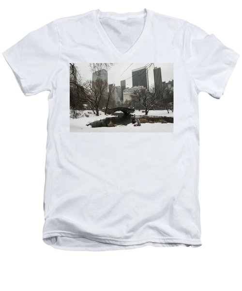 Winter In Central Park Men's V-Neck T-Shirt