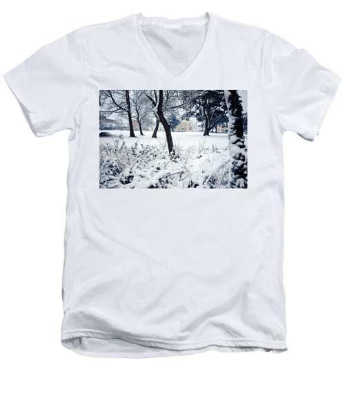 Winter's Blanket Men's V-Neck T-Shirt
