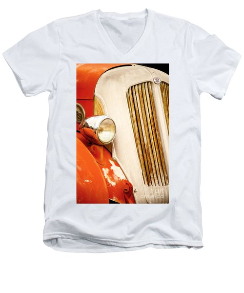1940's Seagrave Fire Engine Men's V-Neck T-Shirt