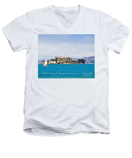 Alcatraz - San Francisco Men's V-Neck T-Shirt