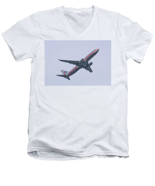 American Airlines Men's V-Neck T-Shirt