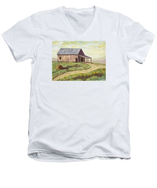 Barn On The Ridge Men's V-Neck T-Shirt