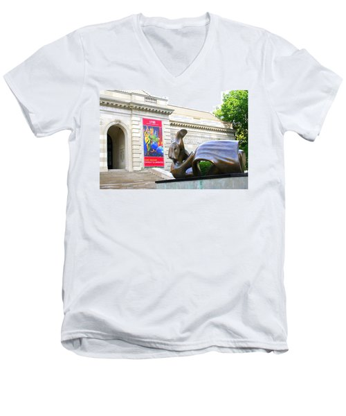 Columbus Museum Of Art Men's V-Neck T-Shirt