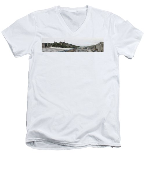 Edinburgh Station Panorama Men's V-Neck T-Shirt