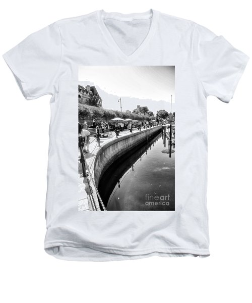 Hanging At The Harbor Men's V-Neck T-Shirt