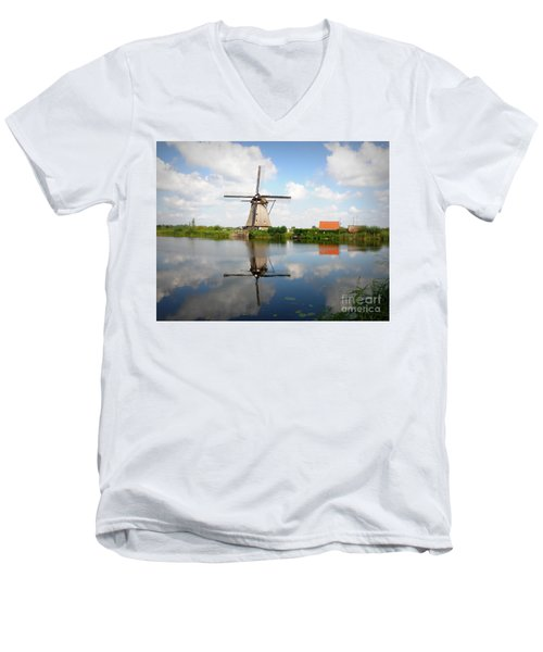 Kinderdijk Windmill Men's V-Neck T-Shirt