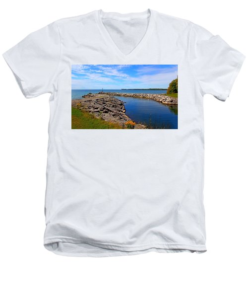 Men's V-Neck T-Shirt featuring the photograph Lakeside Bend by Davandra Cribbie