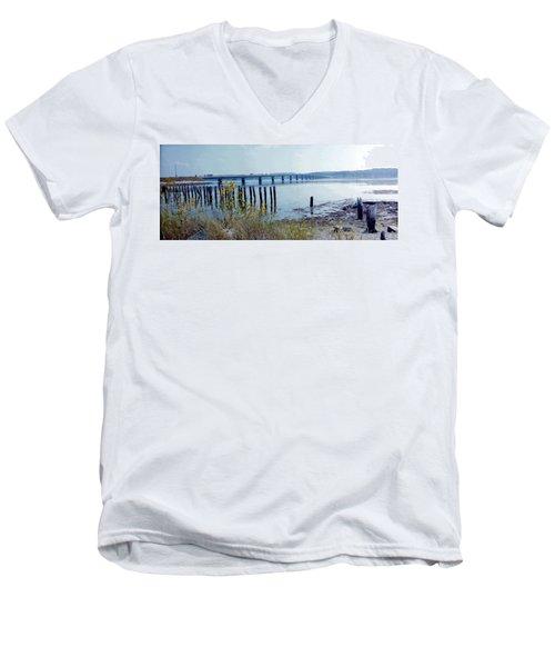 Maine Highway Men's V-Neck T-Shirt