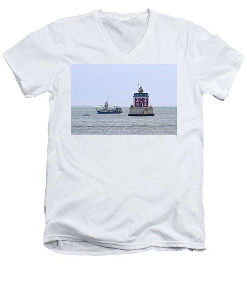 New London Ledge Lighthouse. Men's V-Neck T-Shirt