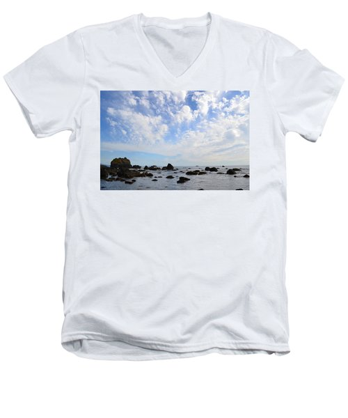 Northern California Coast1 Men's V-Neck T-Shirt