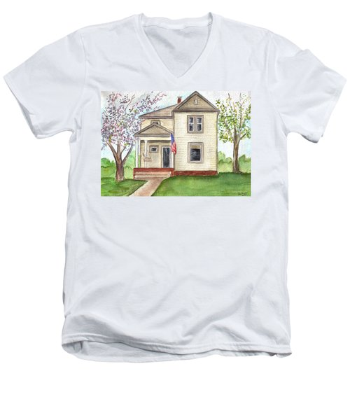 Men's V-Neck T-Shirt featuring the painting Ohio Cottage With Flag by Clara Sue Beym