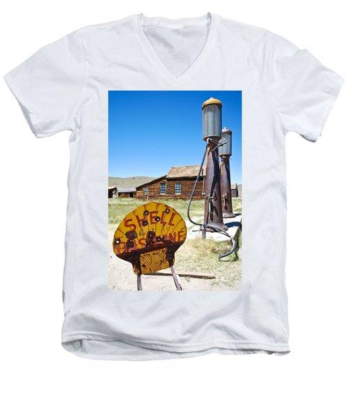 Old Gas Pumps Men's V-Neck T-Shirt