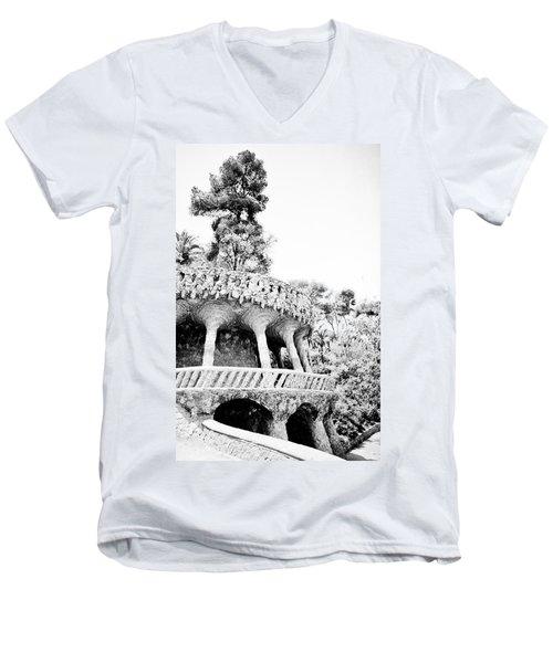 Park Guell Twists Men's V-Neck T-Shirt