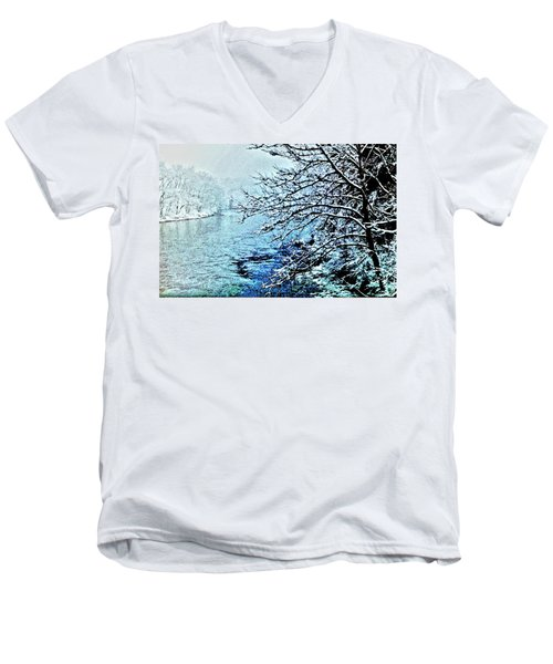 West River Snow Men's V-Neck T-Shirt