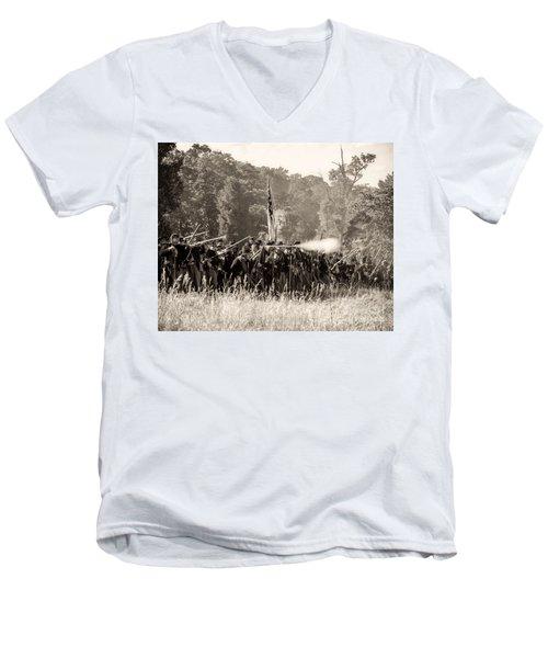Gettysburg Union Infantry 9372s Men's V-Neck T-Shirt