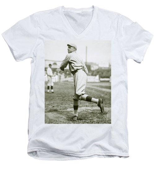 Babe Ruth Pitching Men's V-Neck T-Shirt