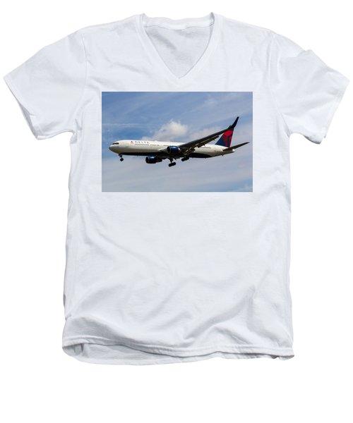 Delta Airlines Boeing 767 Men's V-Neck T-Shirt