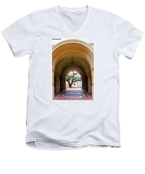 I Love All The #arches At #rice Men's V-Neck T-Shirt