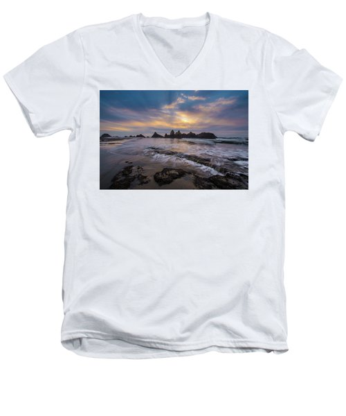Incoming Tide 2 Men's V-Neck T-Shirt