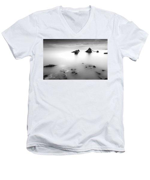 Meoto Iwa Men's V-Neck T-Shirt