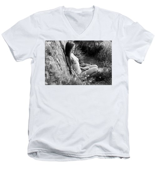 Nude Girl In The Nature Men's V-Neck T-Shirt