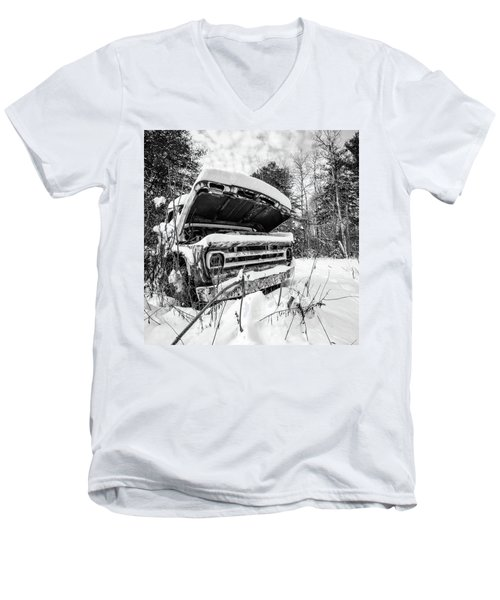 Old Abandoned Pickup Truck In The Snow Men's V-Neck T-Shirt