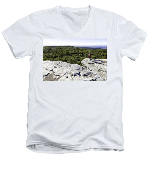 Sams Point Overlook Men's V-Neck T-Shirt