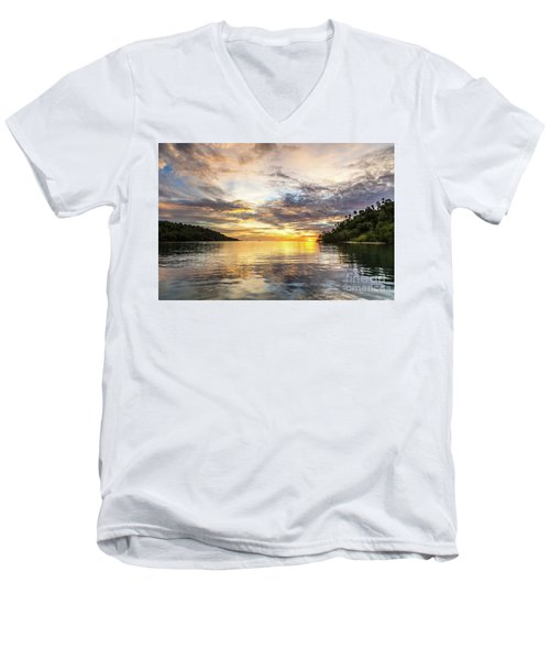 Stunning Sunset In The Togian Islands In Sulawesi Men's V-Neck T-Shirt