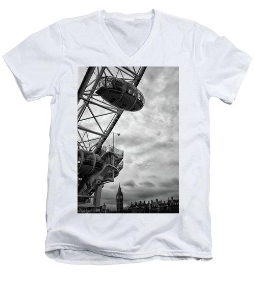 The London Eye Men's V-Neck T-Shirt by Martin Newman