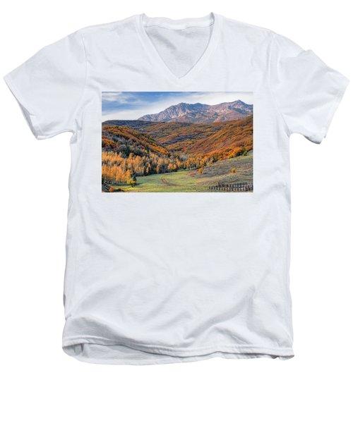 Wasatch Moutains Utah Men's V-Neck T-Shirt