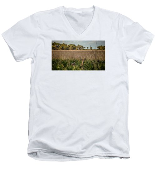 White Tail  Men's V-Neck T-Shirt