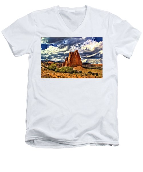Capitol Reef National Park Catherdal Valley Men's V-Neck T-Shirt