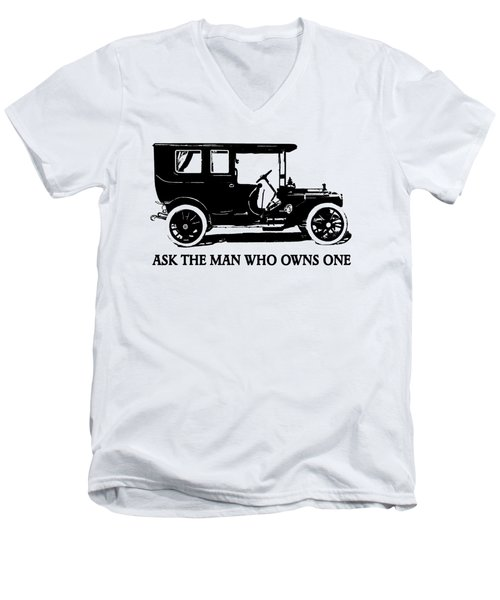 1909 Packard Limousine Slogan Men's V-Neck T-Shirt