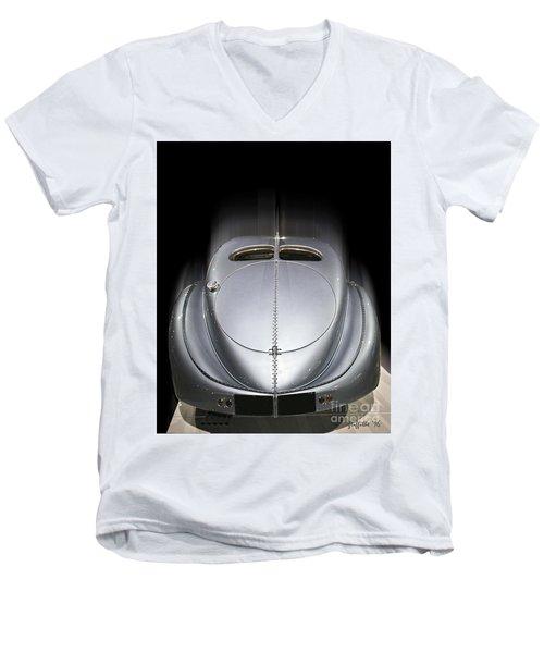 1926 Bugatti Rear Men's V-Neck T-Shirt