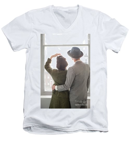 1940s Couple At The Window Men's V-Neck T-Shirt
