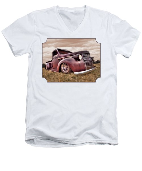 1941 Rusty Chevrolet Men's V-Neck T-Shirt