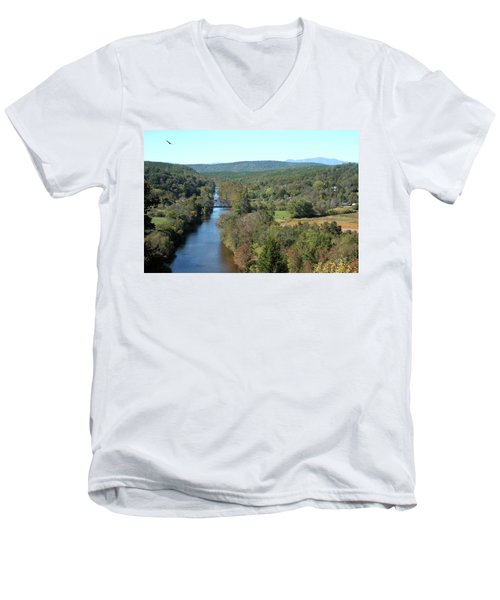 Autumn Landscape With Tye River In Nelson County, Virginia Men's V-Neck T-Shirt by Emanuel Tanjala