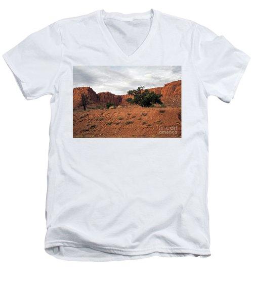 Capital Reef National Park Men's V-Neck T-Shirt