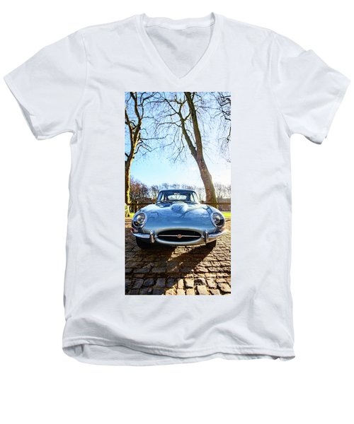 E Type Jaguar Men's V-Neck T-Shirt