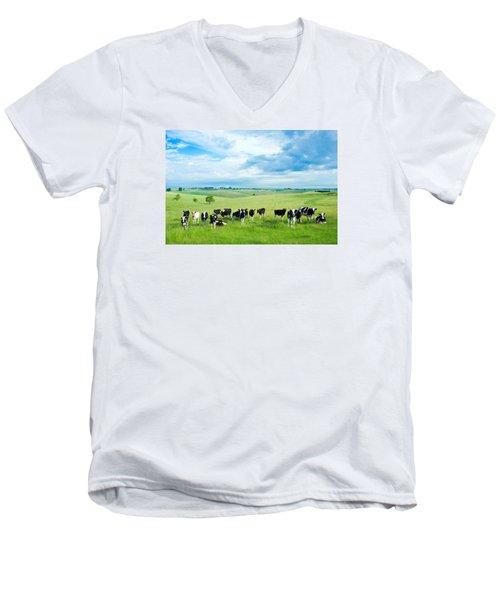 Happy Cows Men's V-Neck T-Shirt