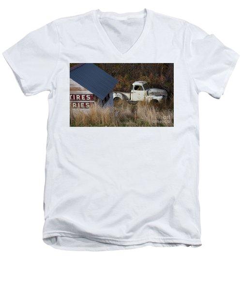 Hiding Men's V-Neck T-Shirt
