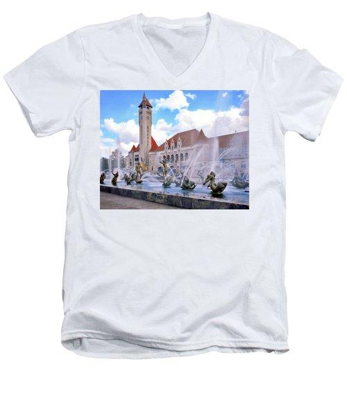 Union Station - St Louis Men's V-Neck T-Shirt