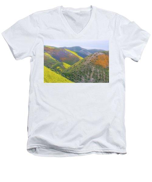 2017 California Super Bloom Men's V-Neck T-Shirt