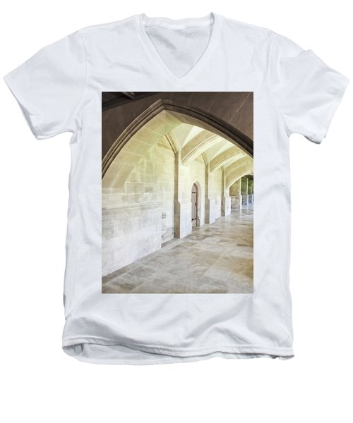 Arches Men's V-Neck T-Shirt