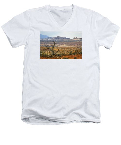#3090 - Moab, Utah Men's V-Neck T-Shirt