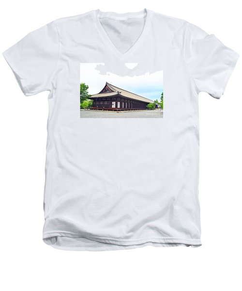 33 Sanjusangendo 2 Men's V-Neck T-Shirt