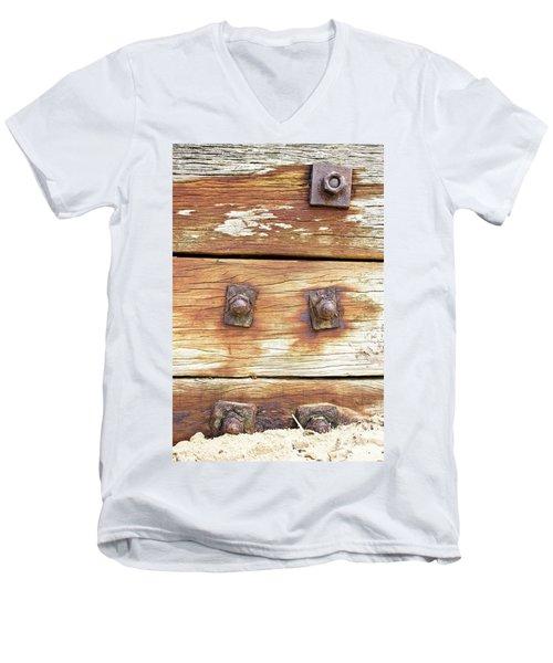 Old Wood Men's V-Neck T-Shirt